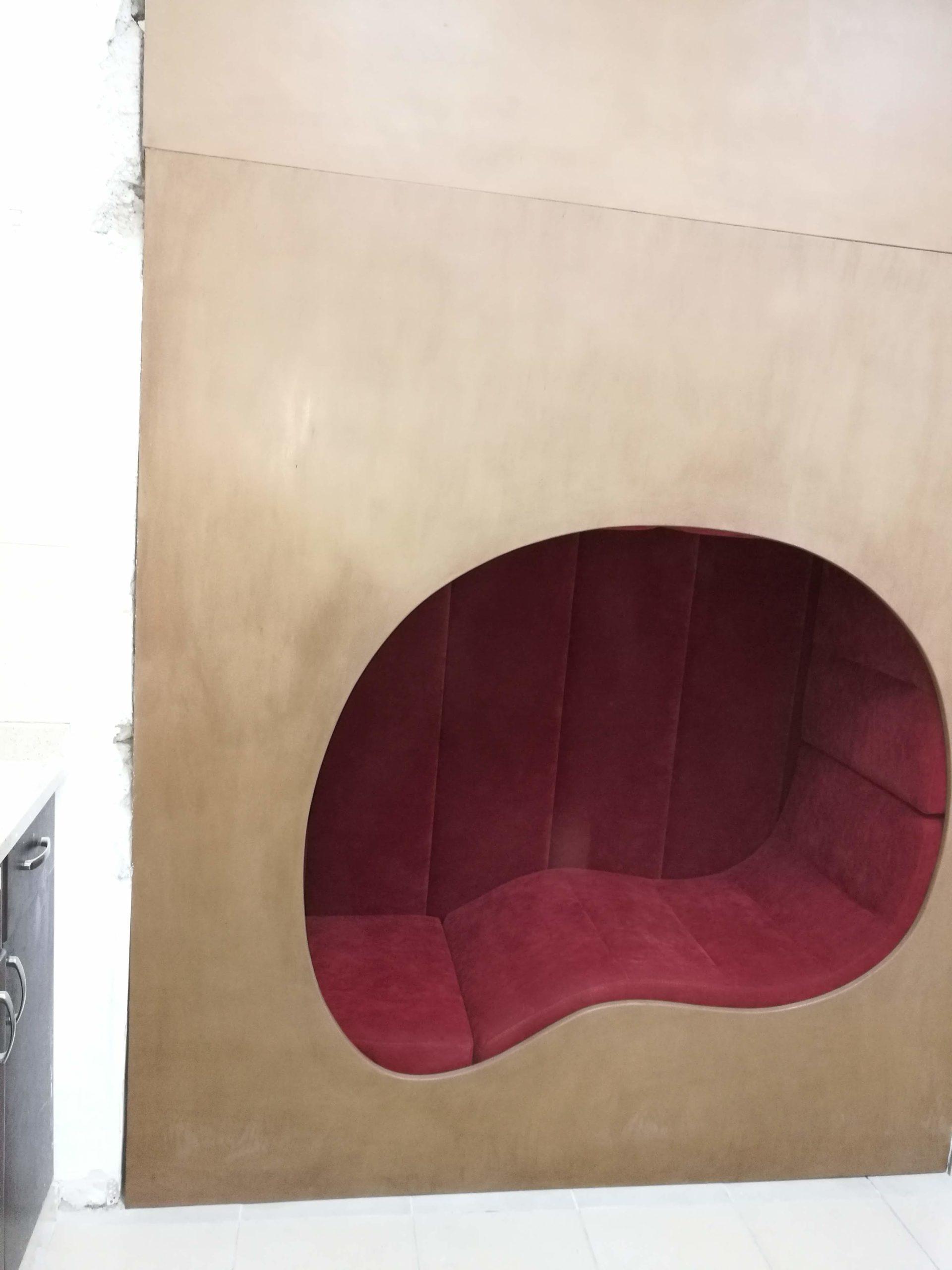 ייצור רהיטים בהתאמה אישית - כוך ישיבה - רסטורנו